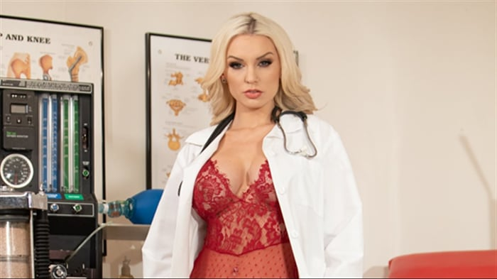 Kenzie Taylor in Big Titty MILFs 29